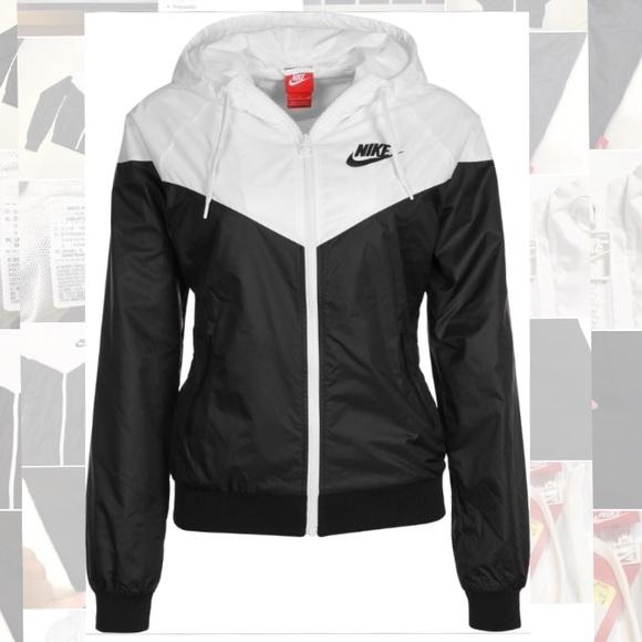 a86b7c3427 Nike WindRunner Women s Jacket Jacket